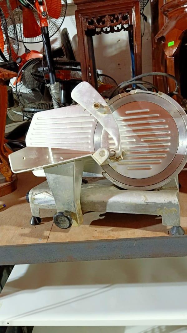 máy thái thịt cũ ES300 - docuhaiphong.vn