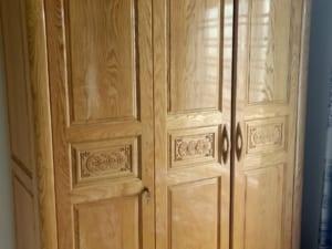 tủ quần áo gỗ cũ sồi