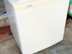 Tủ lạnh mini 50 lít cũ